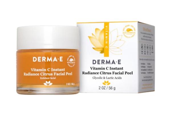 Free DERMA E Facial Peel