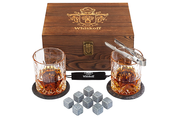 Free Whiskey Set