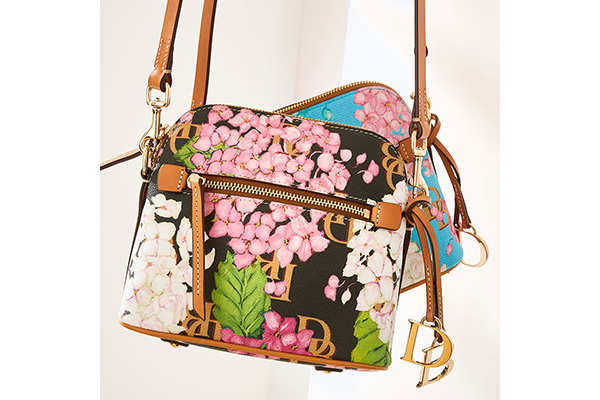 Free Hydrangea Handbag