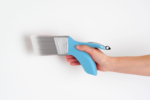 Free Grip-Free Paintbrush